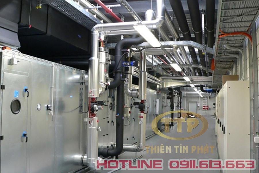 nhà thầu thi công hệ thống điện M&E